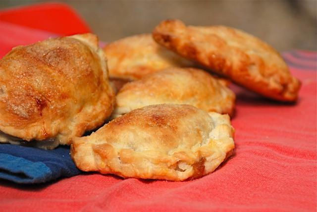 Empanadas de Manzana - Apple Cinnamon Empanadas