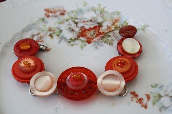 40 DIY Ideas for Button Bracelets