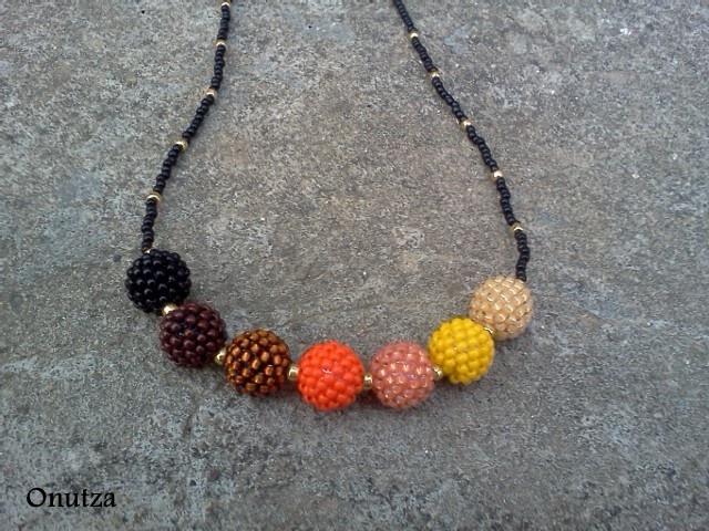 Culorile pamantului (30 LEI la oanaroman85.breslo.ro)