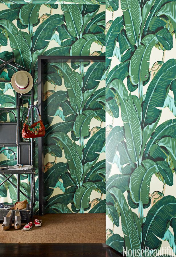Beverly Hills Decorating Style - California Decor Stereotypes --- I'm mad about this wallpaper