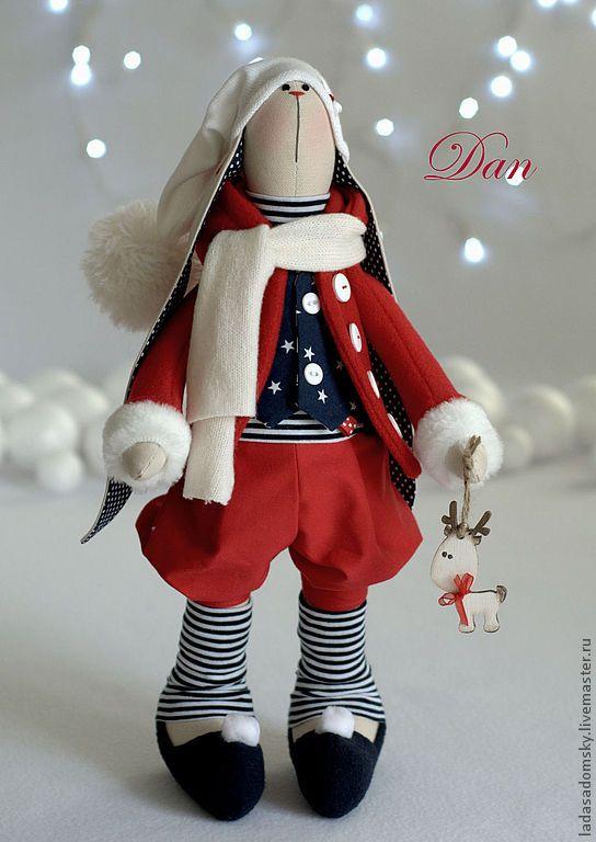Dan, Weihnachtself