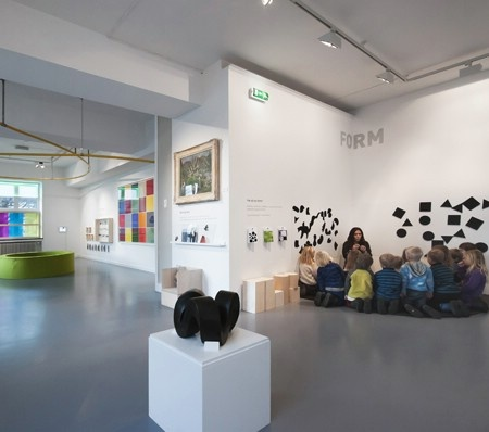 Be surprised, play, explore and become an art expert at KunstLab - Art Museum for Children - Art Museums of Bergen. Address: Rasmus Meyers alle 9.