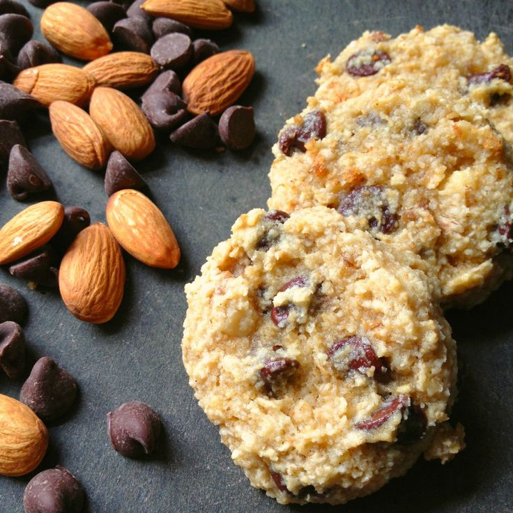 Soft & Chewy Gluten Free Chocolate Chip Cookies - Just 95 calories each! - The Lemon Bowl