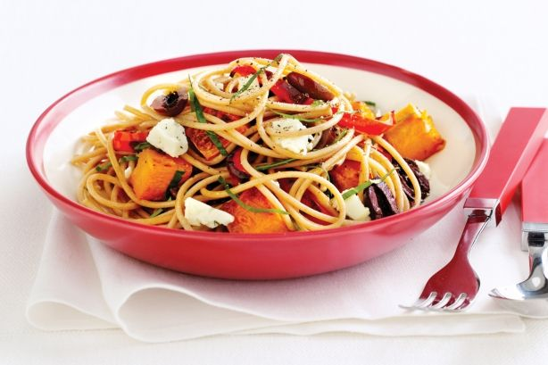Fast And Healthy High-Fibre Pasta - This low-fat, high-fibre dish is the perfect solution for dieters who love their pasta.