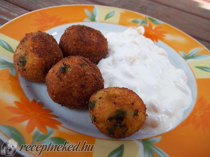 A legjobb Sajtos krumpligolyók recept fotóval egyenesen a Receptneked.hu gyűjteményéből. Küldte: Karamella