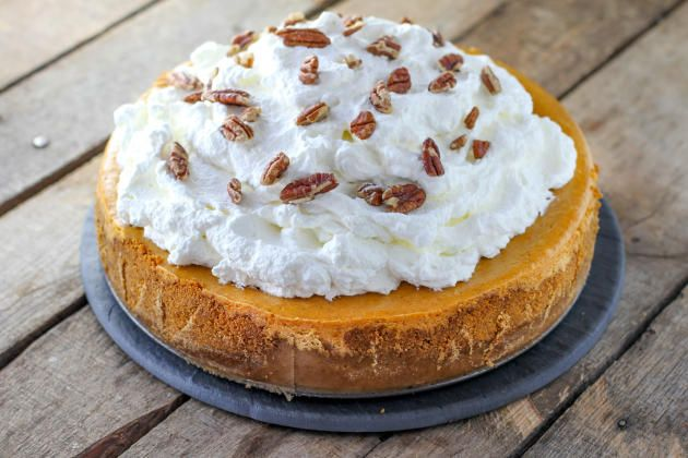 Cheesecake Factory Pumpkin Cheesecake is the showstopper dessert for Fall. A great party dessert.