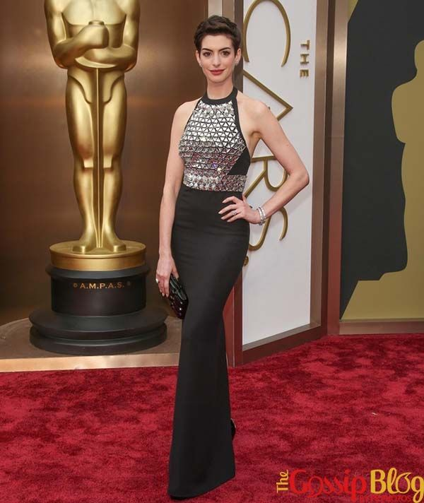 Anne Hathaway & Charlize Theron: Who Looked Best in Black at 2014 Oscars?