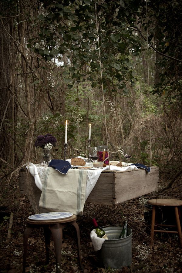 dining back yard, by chia chong: Forests, Summer Picnic, Tables Sets, Outdoor Halloween Party, Company Picnics, Halloween Party Ideas, Gardens Gates, Hanging Picnics, Picnics Tables