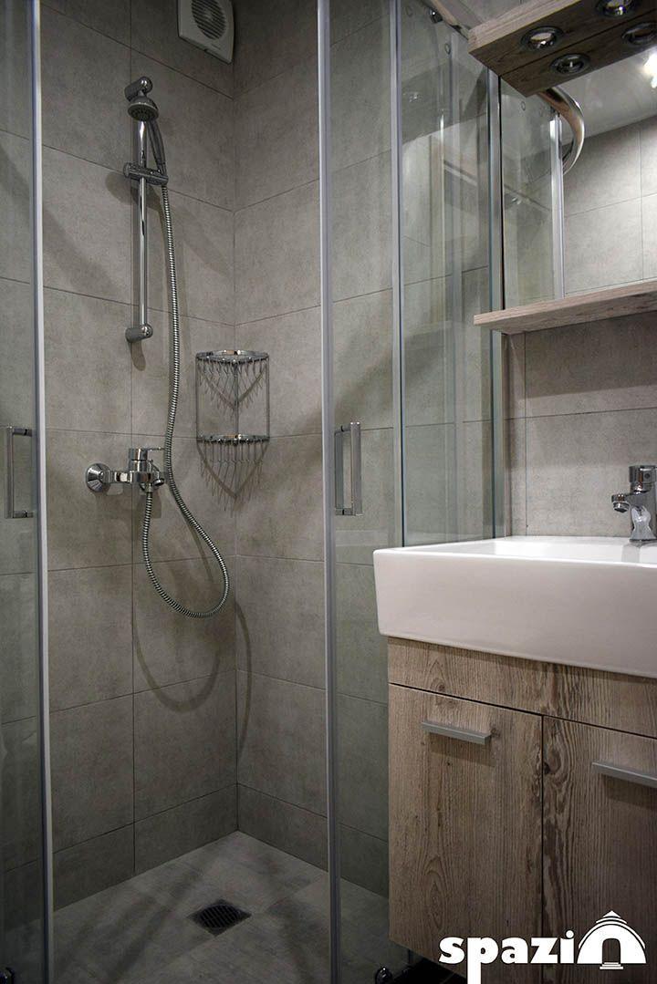 Dyo Omorfa Stoyntio 27t M Sthn Kardia Ths Boyliagmenhs Anakainish Spitioy Anakainish Anakainisi Renovation Anakai Bathroom Vanity Single Vanity Vanity