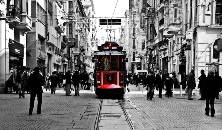 İstiklal Caddesi / İstiklal Avenue (İstanbul)