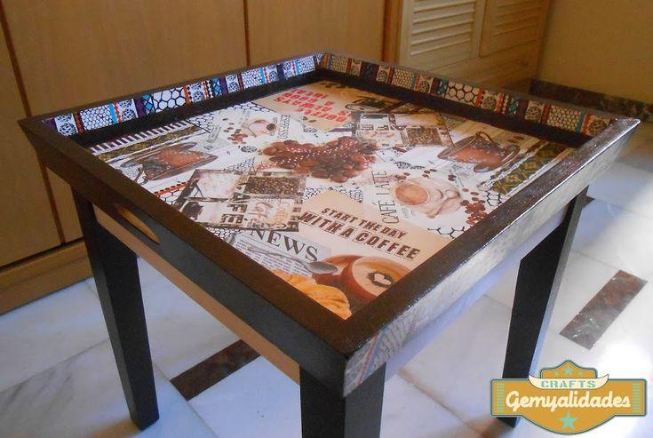 Mesa de café y bandeja restauradas con decoupage