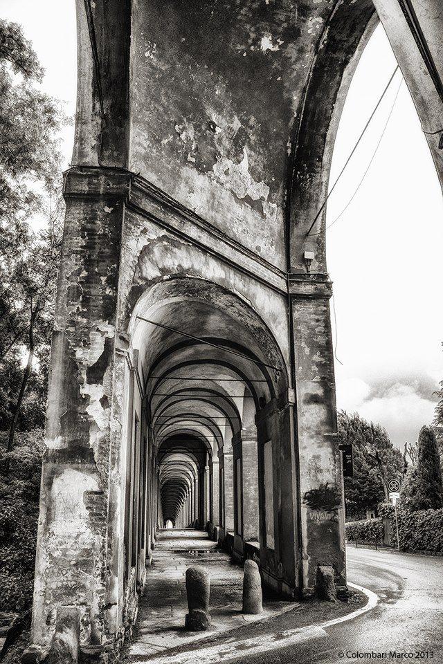 Salendo il portico di San Luca #Bologna