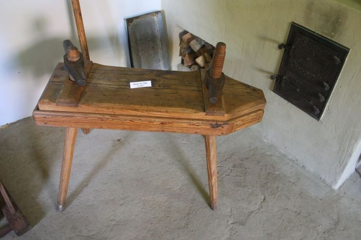Cheese press from the village of Kopojno. Museum in Konin.