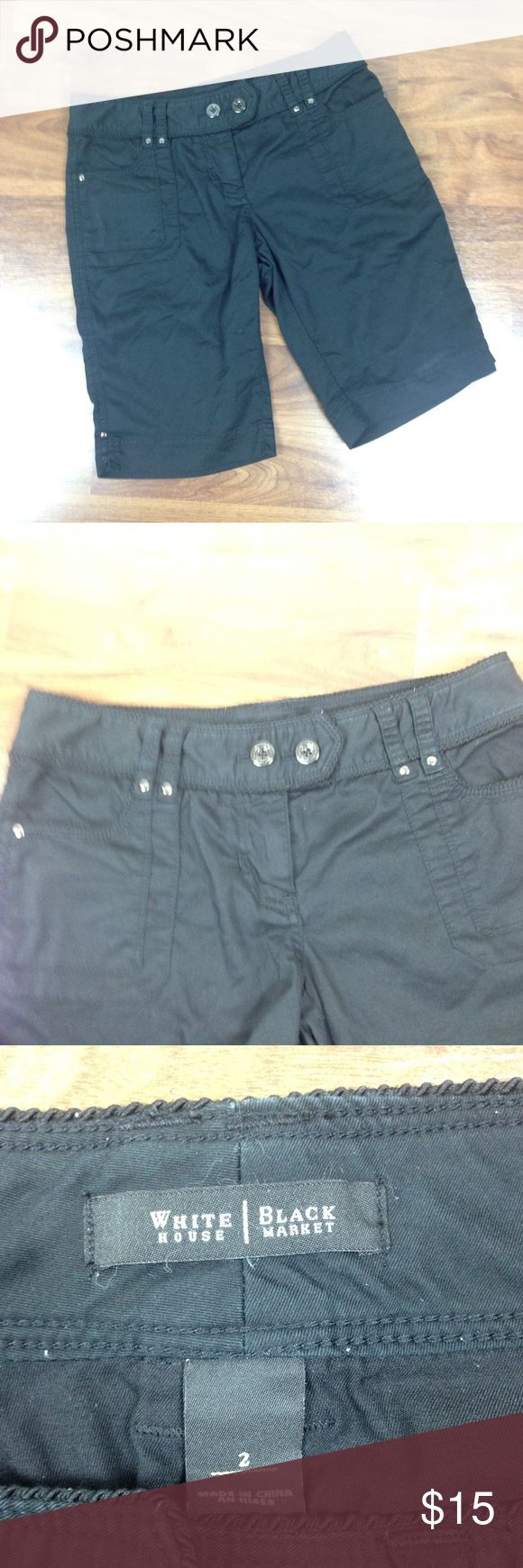 """WHBM Bermuda Shorts Women's Size 0 Black Pockets White House Black Market Shorts Style: Bermuda Shorts Color: Black Size: 2 Condition: Pre-owned, Some pilling on inside seams. Not visible from the outside  Measurements taken with garment lying flat Waist: 15"""" Inseam: 11"""" White House Black Market Shorts"""