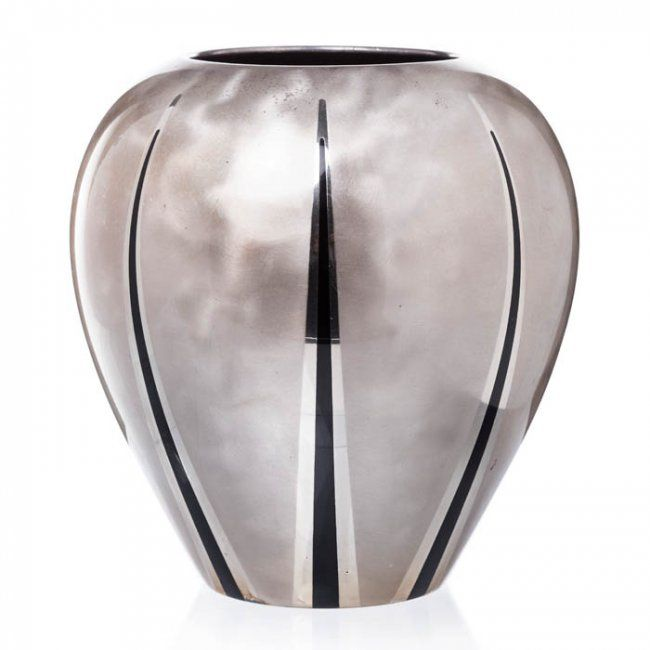 WMF Ikora Art Deco bulging vase : Lot 561