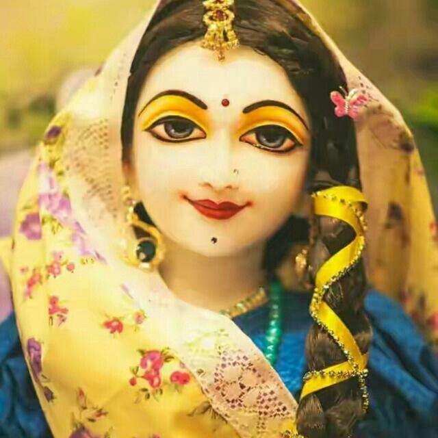 Oh Radha! You are soo beautiful !!