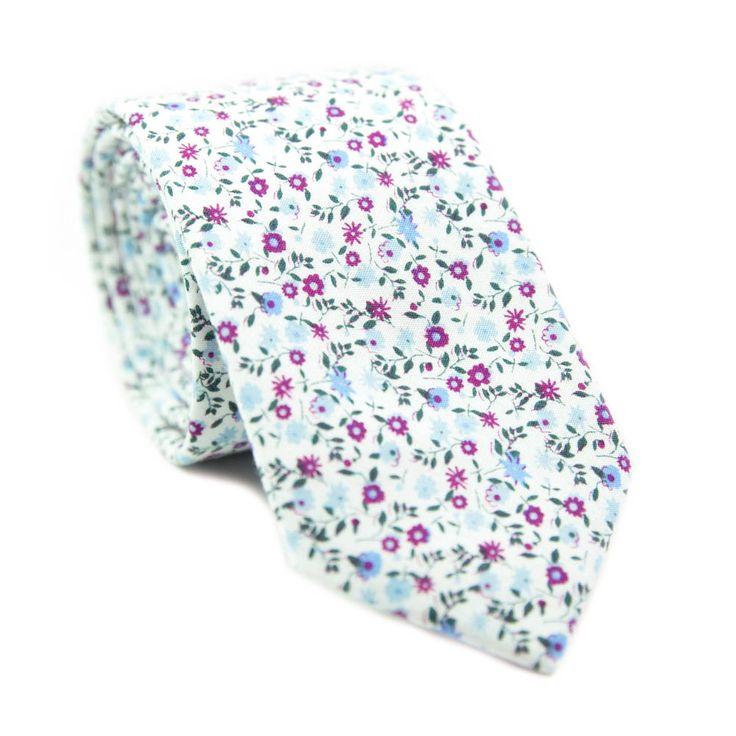 Slim necktie - Carnation pink with off-white herringboned flowers Notch K7fpbK