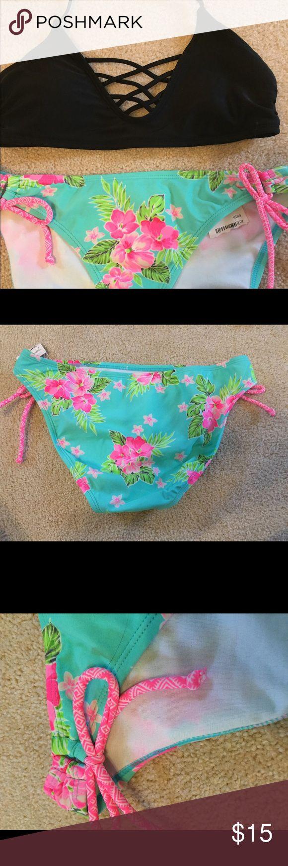 Altar'd state bikini bottoms Brand new bikini bottoms! These are so fun and …
