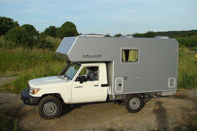 Der bayerische Hersteller Bimobil stellt auf der CMT 2010 in Stuttgart sein Expeditionsmodell EX 345 auf Basis eines Iveco 4x4 vor. Ebenfalls im Programm des Pickup-Wohnmobil-Spezialisten aus Oberpframmern ist der Husky 280 auf Toyota-Basis.