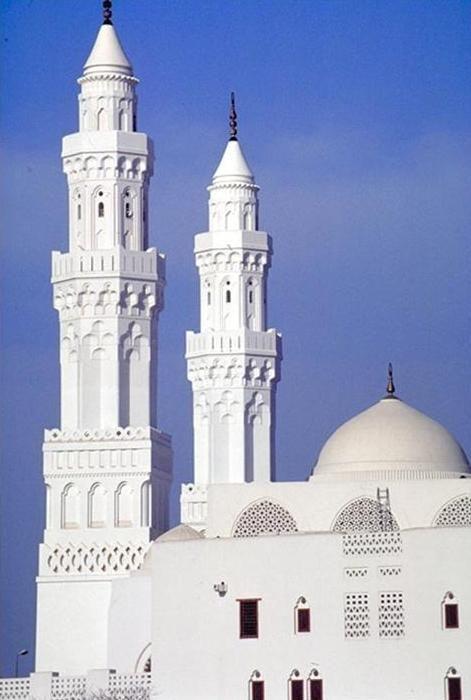 The White Mosque, Saudi Arabia. by Abdel Wahed El Wakil. @Shirin Mg Mg-gol
