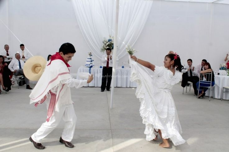 Incluye un show peruano en tu boda