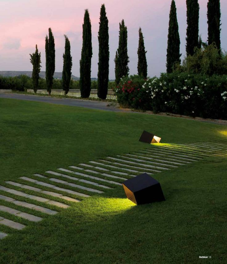 Break outdoor light, designed by Xuclà for Vibia. Discover more on our outdoor catalogue! http://catalogue.vibia.com/vibia-outdoor-catalog-2016-us-and-canada/page/1?utm_source=social&utm_medium=pinterest&utm_campaign=catalog_2016_us&utm_content=pint_out&utm_term=