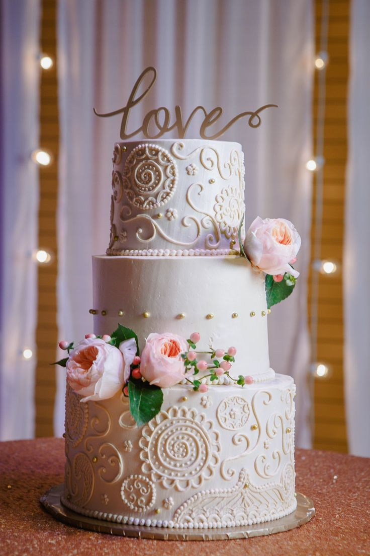 Bollywood Inspired Wedding cake | Flowers, Henna tattoo, tiered, details, Charlotte wedding, romantic, NC wedding, NC wedding vendors