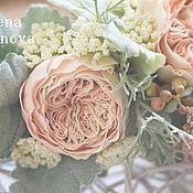 Купить или заказать Венок для невесты. в интернет-магазине на Ярмарке Мастеров. Венок из пионовидных розы в персиковых тонах и садовых роз белого и розового цвета. Подобная работа может быть выполнена под Ваш образ,в любой цветовой гамме. Венок очень легкий,несмотря на обилие достаточно объемных цветов ,которые не мнутся и не боятся воды.