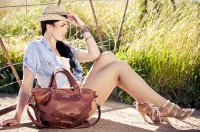 Rock's Foster Tan Leather Tote - perfect for any season... take it anywhere and everywhere. Luxury original leather deisgns