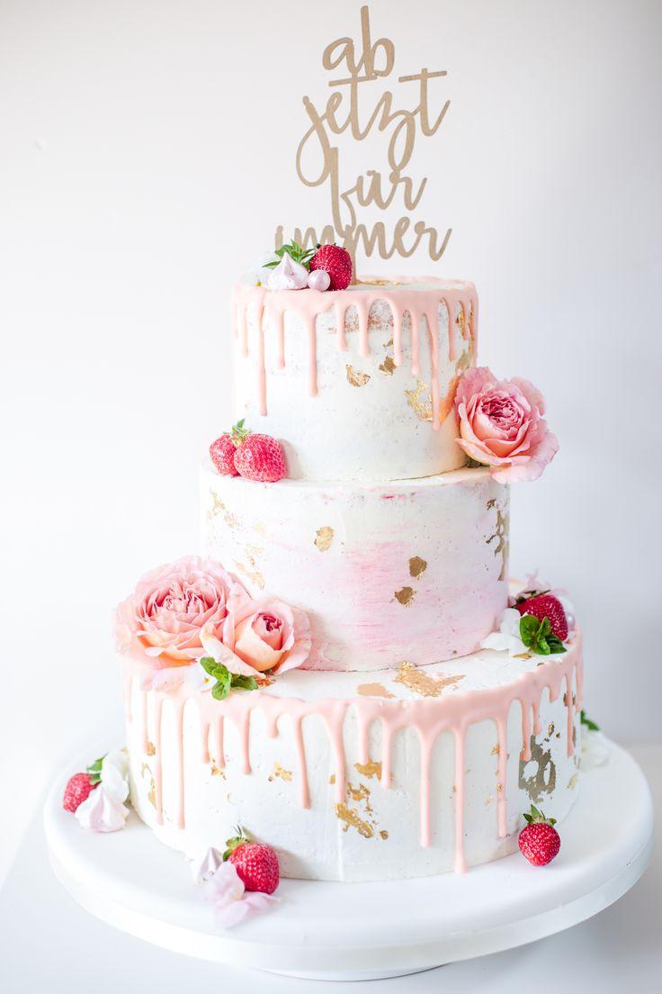 Tropfte Hochzeitstorte. Frische Blumen. Frische Blumen auf der Hochzeitstorte www.b …   – farbwelt rot Hochzeit, red Wedding