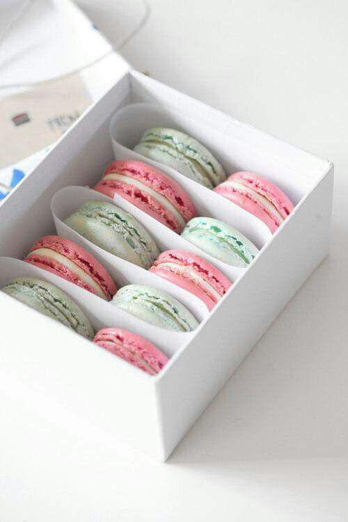17 Best images about macaron on Pinterest | Packaging ...