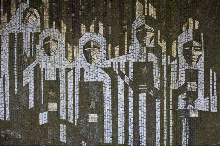 buzludzha-memorial-house-mosaic.jpg (1600×1067)