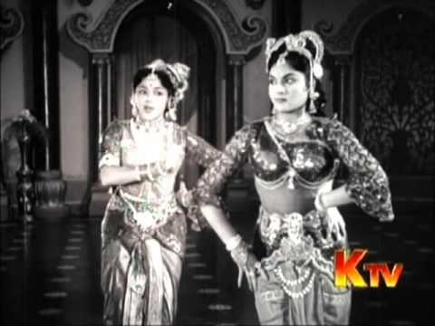 Tamil Movie Song - Vanjikottai Vaaliban - Kannum Kannum Kalandhu (Hit Song from 1958)