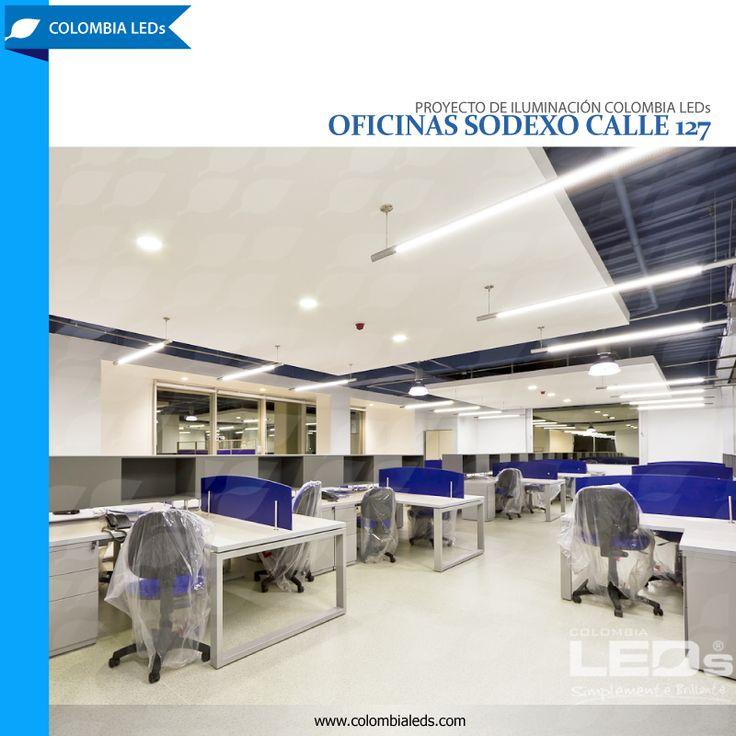 Proyecto de iluminación COLOMBIA LEDs para las oficinas de Sodexo Calle 127. La estética del lugar mezclada con la funcionalidad del espacio y la iluminación planteada, hacen del área una zona apta para el trabajo de oficina. #colombialeds