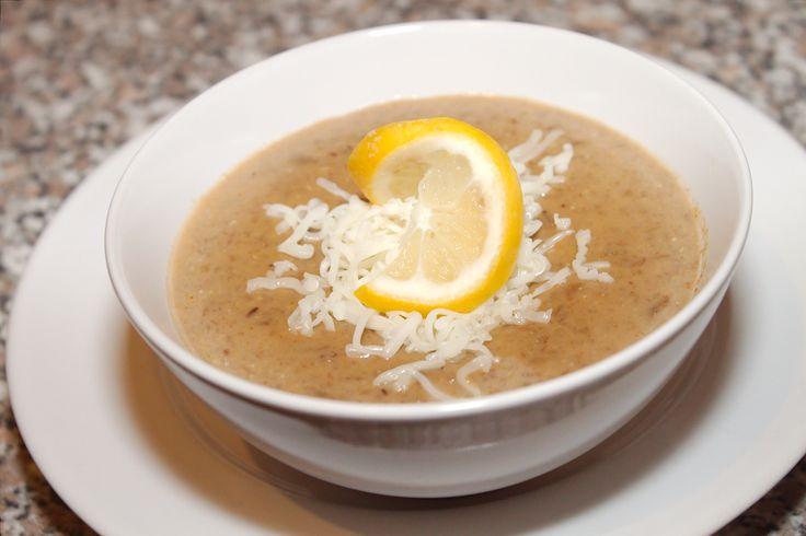 Przepis na zupę krem z soczewicy: W chłodne dni gorąca, pożywna zupa kremowa jest dobra dla każdego. :)