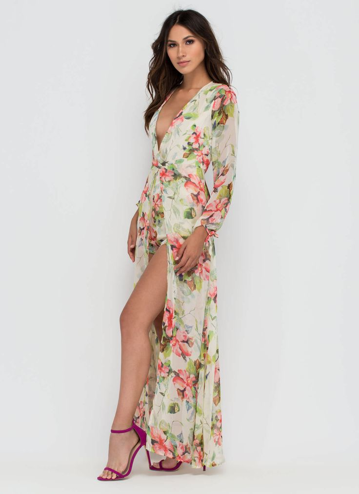 Add this haute chiffon maxi to your closet for major vintage-inspired, vacay-worthy vibes. #floral #maxi #flowers #dreamy #inspo #style #ootd #gojane