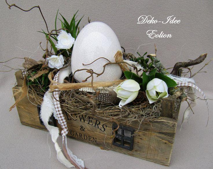 """Gesteck Frühling/Ostern """"Großes Fundstück"""" von Deko-Idee Eolion auf DaWanda.com"""