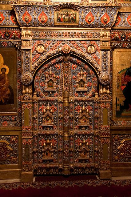 I'm obsessed with this door from St. Basil's cathedral, Moscow, Russia.
