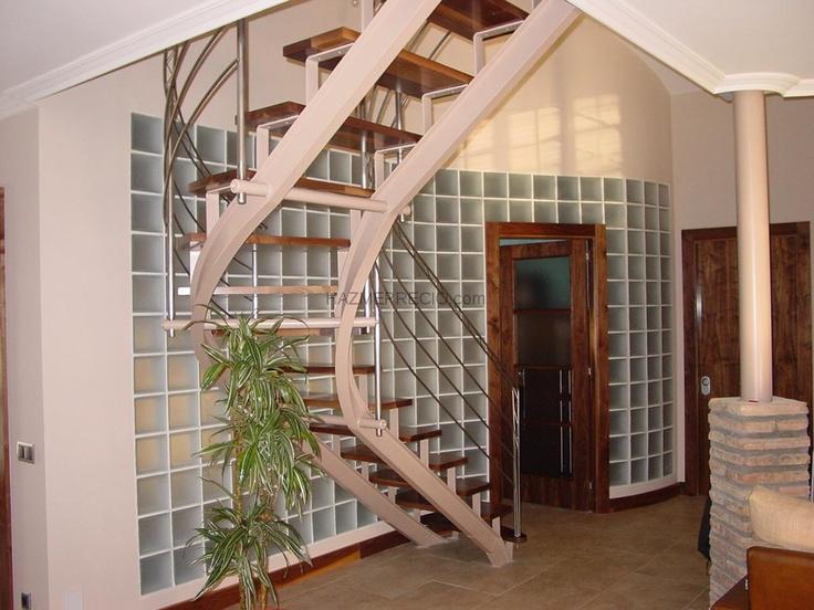 14 best pintura y decoraci n images on pinterest pintura - Escaleras de caracol barcelona ...