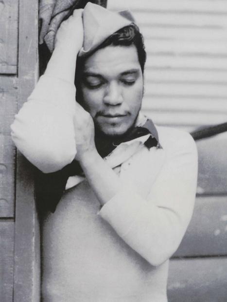 """""""El éxito de Cantinflas hay que localizarlo en su entraña popular: es el pueblo, parte de uno mismo, viéndose en un espejo."""""""