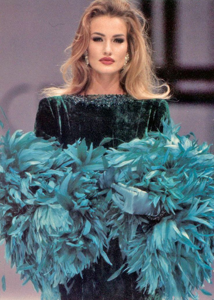 Karen Mulder, Lancetti F/W 1991 Haute Couture