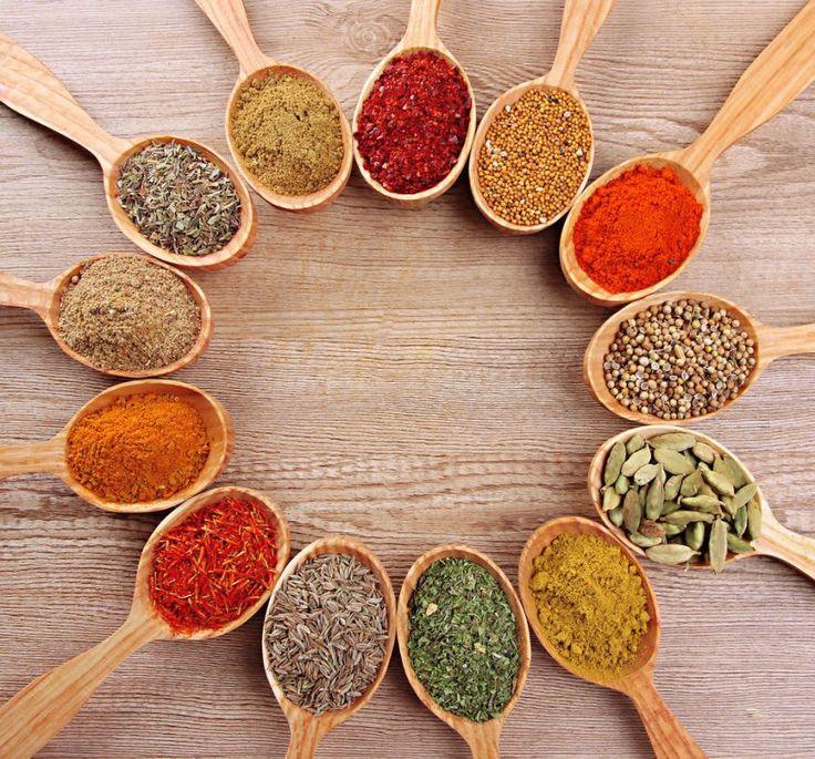 Lectia de gust: 15 condimente exotice si cum sa le folosesti in bucatarie