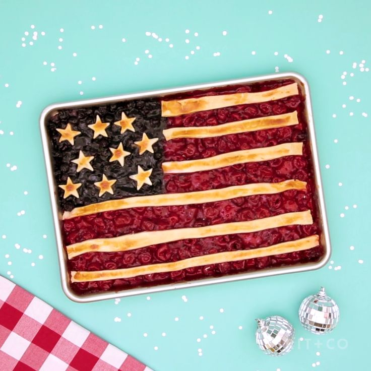 Watch this patriotic video tutorial recipe to learn how to make an American Flag Pie for your July 4th party.