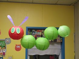 Hungry Caterpillar display and more great classroom displays.