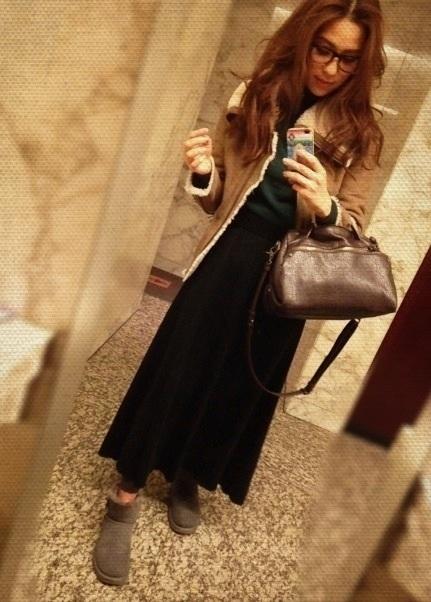 コート: GAPニット: importスカート: N. natural beauty basicバッグ: ZARAブーツ: UGG