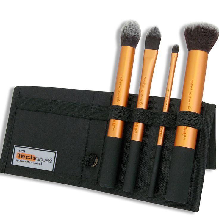 Set pensule realTechniques Core Collection doar pe http://www.makeup-shop.ro