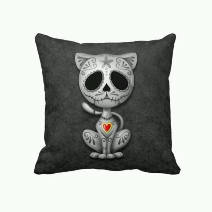 17 Best images about Skull ☠ Cushions on Pinterest ...