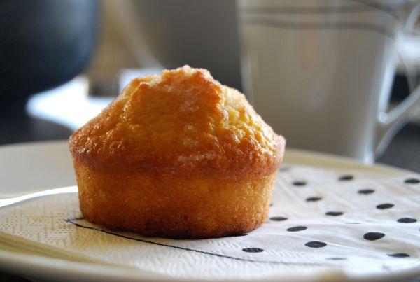 Crunchy Lemon Muffins (Alison Holst)