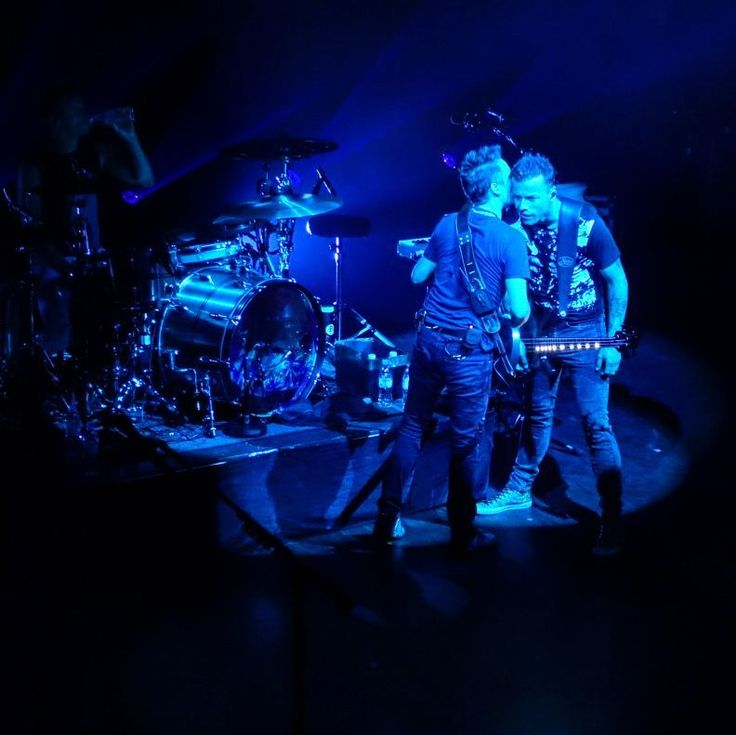 Muse - Matt Bellamy - Chris Wolstenholme - Shepherd's Bush Empire