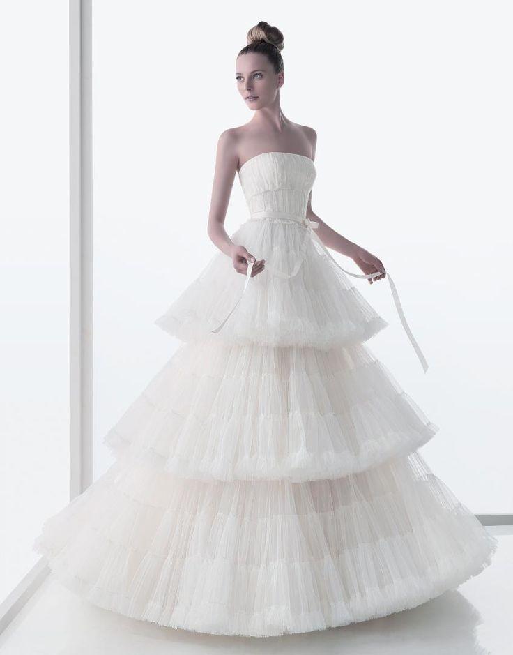 c0f0a0ac0 157 erika vestido-de-novia rosaclara 2011 1 . Tulle Wedding DressesStunning  .